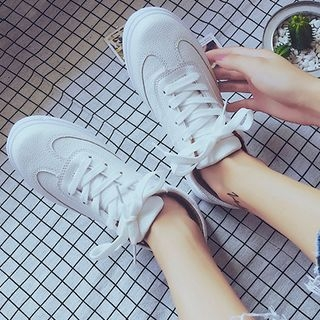 Plain Lace Up Sneakers 1062107359