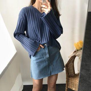 V-Neck Ribbed Sweater 1064790363