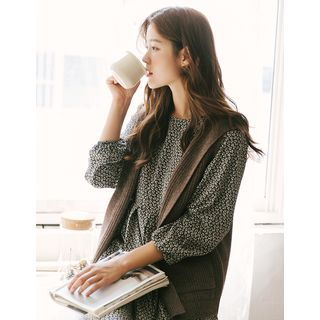 Image of Hooded Rib-Knit Vest