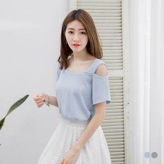 Knit Cutaway-Shoulder Top 1053348869