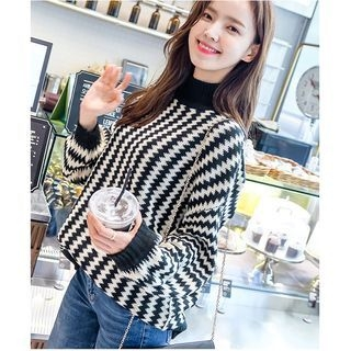 Ribbed Long-Sleeve Knit Sweater 1062008224