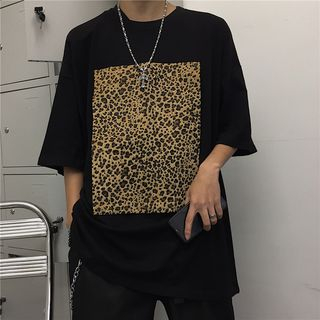 Image of 3/4-Sleeve Leopard Print T-Shirt Black - One Size