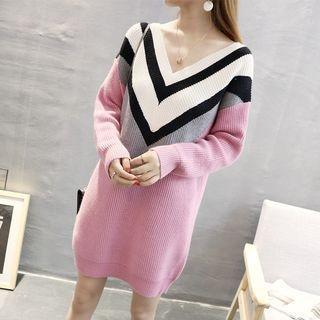 V-Neck Color Block Long-Sleeve Knit Dress 1063931147