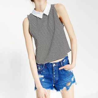 Sleeveless Collared Top 1060182365