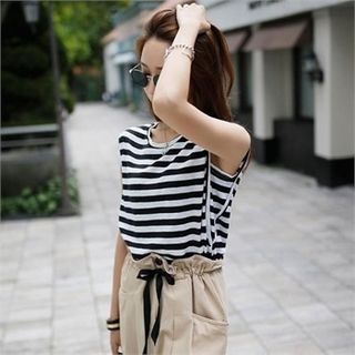 Sleeveless Stripe Top 1067735575