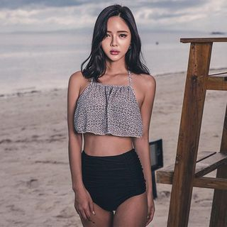 Set: Printed Halter Bikini Top + High-Waist