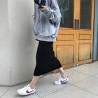 Plain Hoodie / Pencil Midi Skirt 1596
