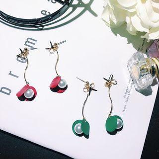 Image of Faux Pearl Petal Drop Earring