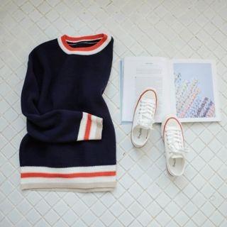 Contrast-Trim Knit Top 1057163181