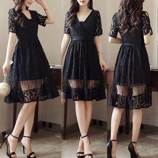 V-neck Short-Sleeve Dress 1061262582