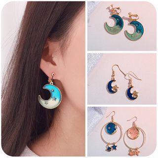 Moon Earring 1065420017