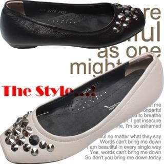 Picture of Woorisin Studded Front Flats 1023020934 (Flat Shoes, Woorisin Shoes, Korea Shoes, Womens Shoes, Womens Flat Shoes)
