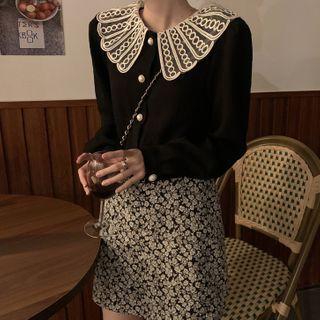 Lace Trim Blouse / Floral A-line Skirt