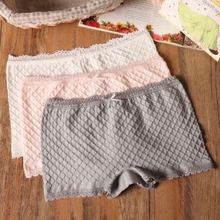 Lace Trim Under Shorts 1049785001