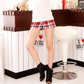 Buy SPICY HOLIC Plaid Shorts 1022317549