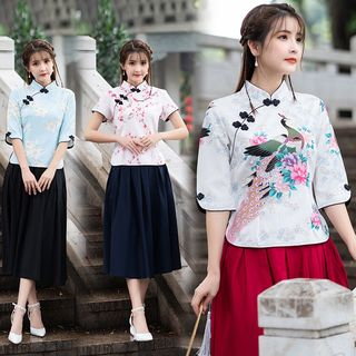 Image of 3/4-Sleeve Traditional Chinese Floral-Print Top