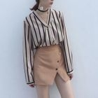 V-Neck Striped Blouse / Button Detail A-Line Skirt 1596