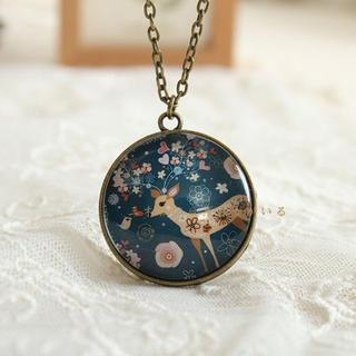 Image of Deer Print Necklace