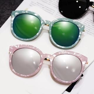 Thick Round Sunglasses 1044182715