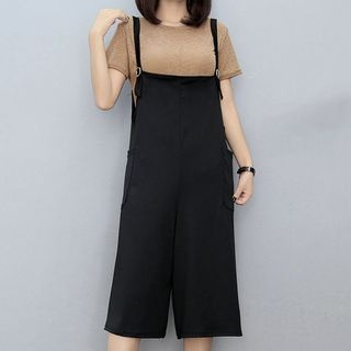 Set: Short Sleeve Plain T-Shirt + Plain Cropped Pinafore Jumpsuit 1061510142
