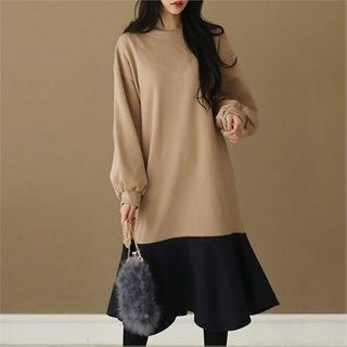 Ruffle-hem Two-tone Pullover Dress