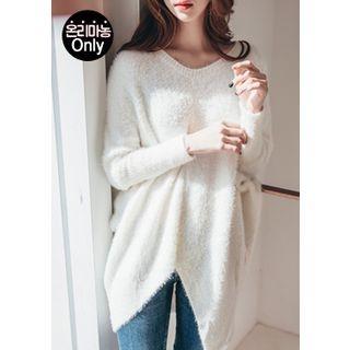 Cutout-Hem Dolman-Sleeve Furry-Knit Top 1054163769