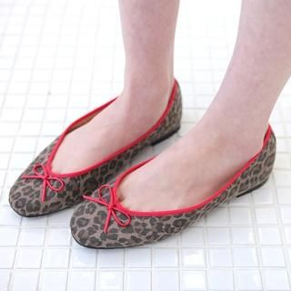 Picture of AKA Leopard Printed Bow Front Flats 1022325238 (Flat Shoes, AKA Shoes, Korea Shoes, Womens Shoes, Womens Flat Shoes)