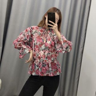 Image of 3/4-Sleeve Floral Print Chiffon Top