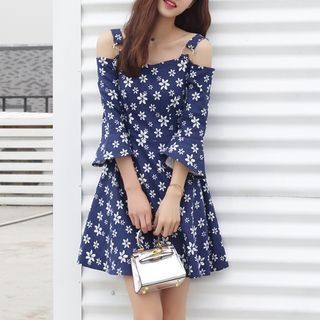Floral Print Cutout Shoulder Bell-Sleeve Dress 1058141446