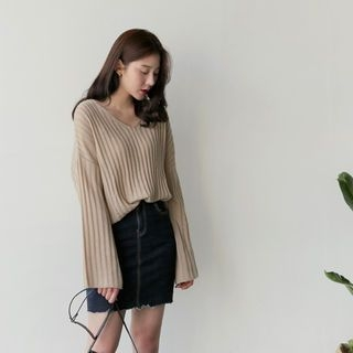 V-Neck Ribbed Knit Top 1058506348