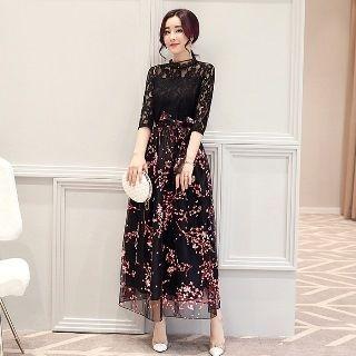 Lace-Panel Maxi Dress 1058157467