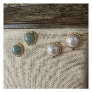Image of Faux Pearl Studded Earrings