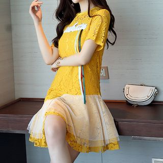 Set: Short-Sleeve Asymmetric A-Line Lace Dress + Strappy Dress 1060349178