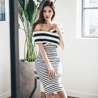Striped Off-Shoulder Bodycon Dress 1057914232