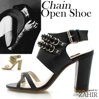 Buy ZAHIR Cross Strap Buckled Sandals 1022410412
