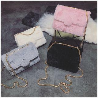 Chain Strap Furry Crossbody Bag