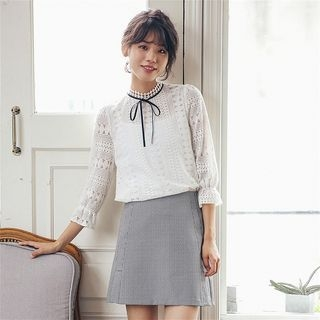 Perforated Long-Sleeve Lace Top 1053666455