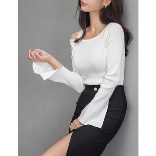Cutaway-Shoulder Knit Top 1053875900