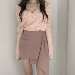 Image of Long-Sleeve Ribbed Knit Sweater / Asymmetric Plain Skirt