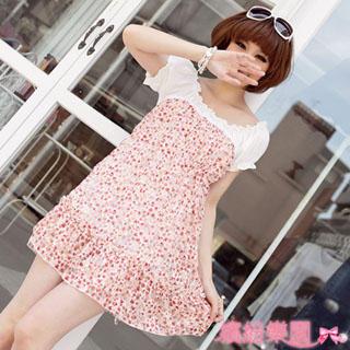 Buy Wonderland Smocked Floral Print Dress 1022849274