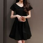 Plain V-neck Short-Sleeve Dress 1596