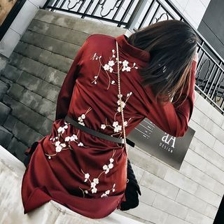 Embroidery Satin Long Blouse 1056484378
