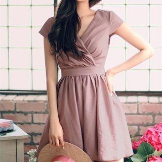 Short-Sleeve V-Neck Dress 1064771775