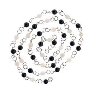 Necklace | Pepper | Salt
