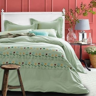Embroidered Bedding Set: Bed Sheet + Duvet Cover + Pillow Cases 1063602081