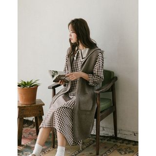 Image of Hooded Long Rib-Knit Vest