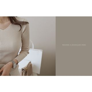V-Neck Ribbed Knit Top 1057318210