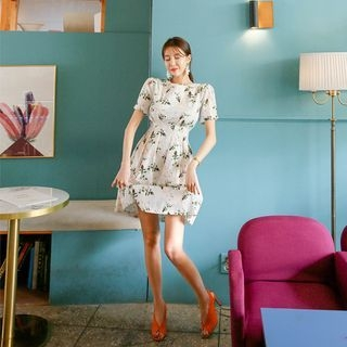 Short-Sleeve Floral A-Line Dress 1065974625