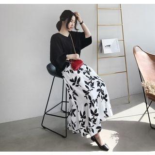 Band-Waist Frill-Hem Pattern Long Skirt 1061648839