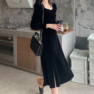 Long-sleeve Midi A-line Velvet Dress